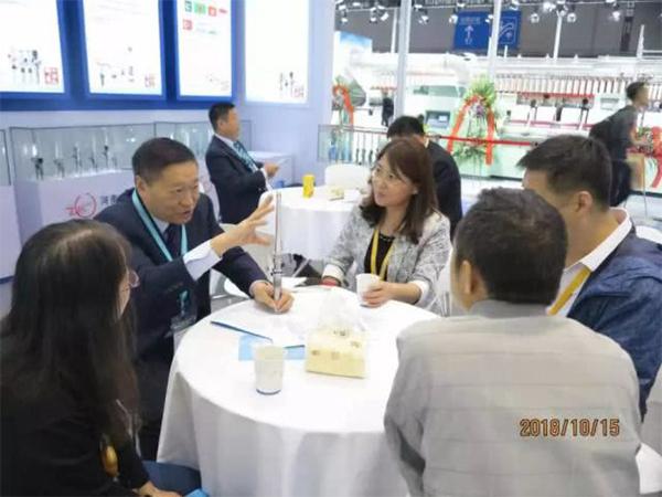 曹秀成:棉纺火狐体育手机版满足纺纱多品种、高速化、自动化的需求