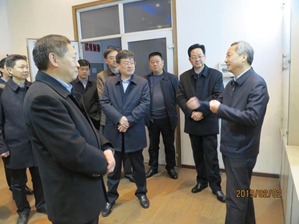 市长尚朝阳一行来公司慰问、考察